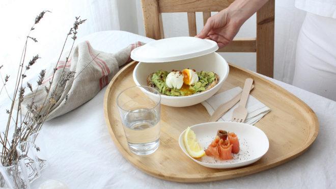 El envase es idóneo para el transporte y también para el consumo de la comida a domicilio.