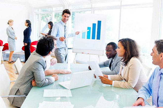 Del asesoramiento a la formación: los bufetes diversifican su negocio