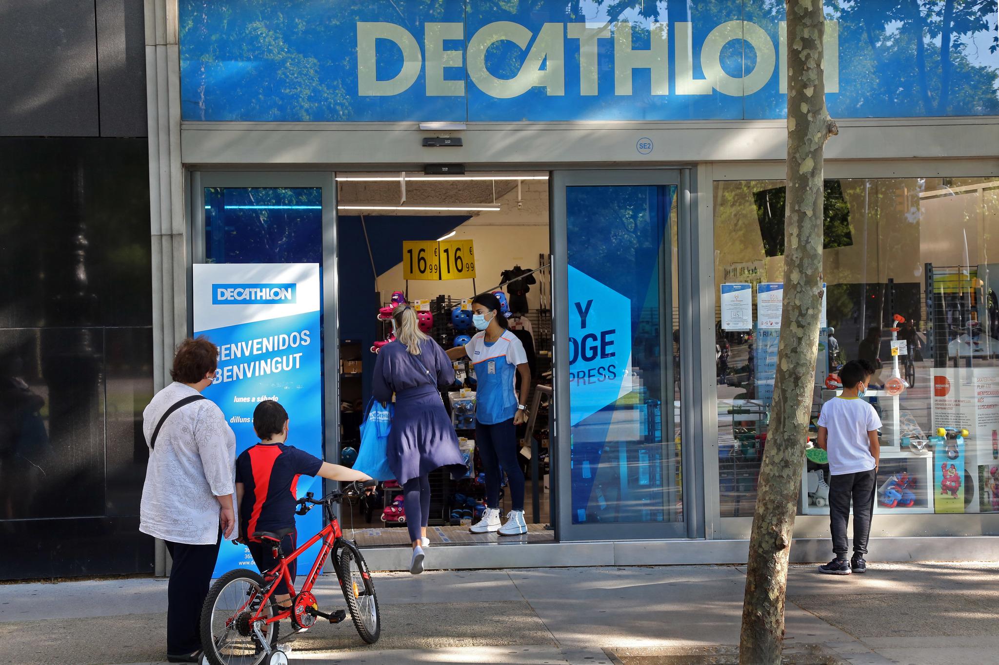 La NBA se asocia con Decathlon para vender artículos de la liga en 1.200 tiendas