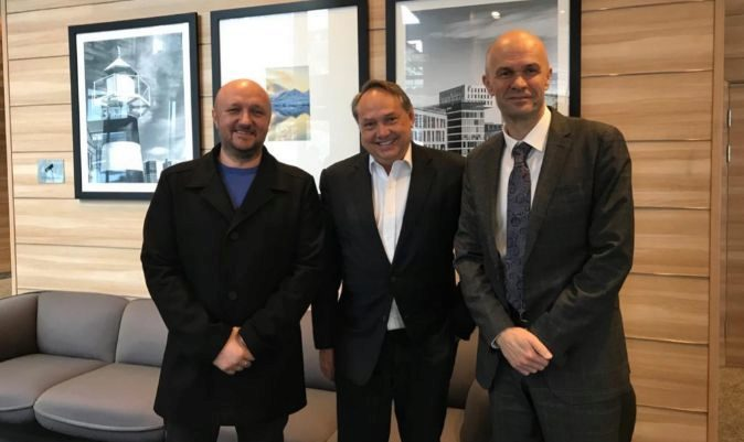 Tomislav Debeljak (DIV Group), Kristian Stensby (Ocean Residences Development) y  Zoran Kunkera (DIV Shipbuilding).