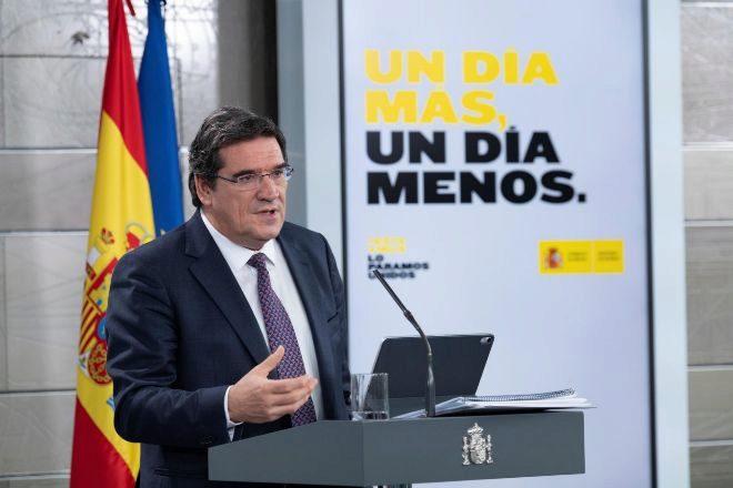 GRAF4798. MADRID, 02/04/2020.- El ministro de Inclusión, lt;HIT gt;Seguridad lt;/HIT gt; lt;HIT gt;Social lt;/HIT gt; y Migraciones, José Luis Escrivá.