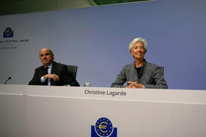 Luis de Guindos y Christine Lagarde, vicepresidente y presidenta del...