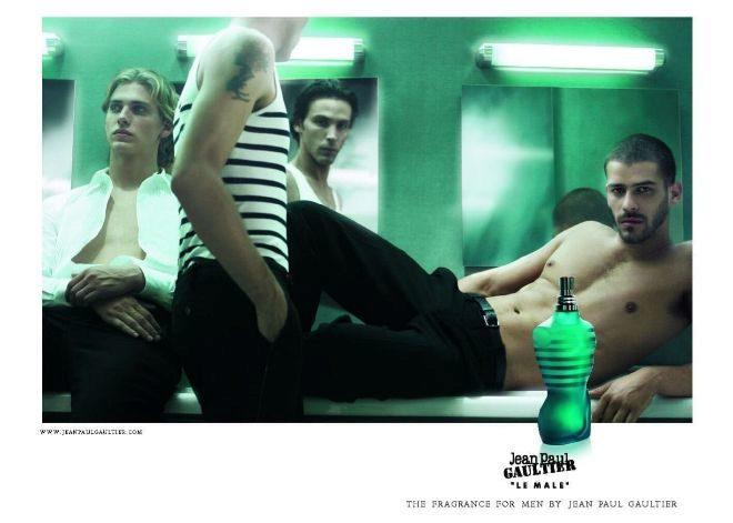 Publicidad de 2007 de Le Male, Le Vestiaire, por Mondino.