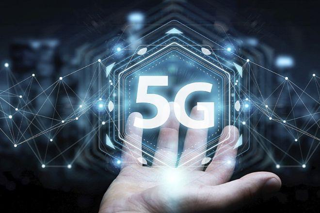 El calendario de despegue del uso del 5G en España dependerá mucho de la llegada de las frecuencias bajas para ampliar la cobertura y de que existan móviles baratos que puedan usarla.