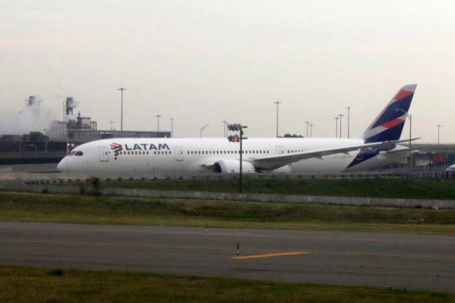 Avión de Latam Airlines en Queens (Estados Unidos).