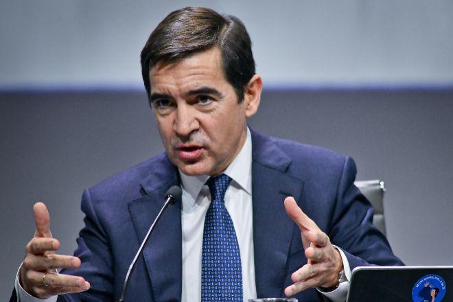 BBVA avisa del riesgo de injerencia pública en el negocio de los bancos