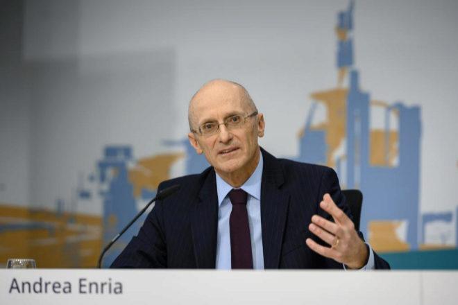 """El BCE dice que la restricción de dividendos es """"excepcional"""""""