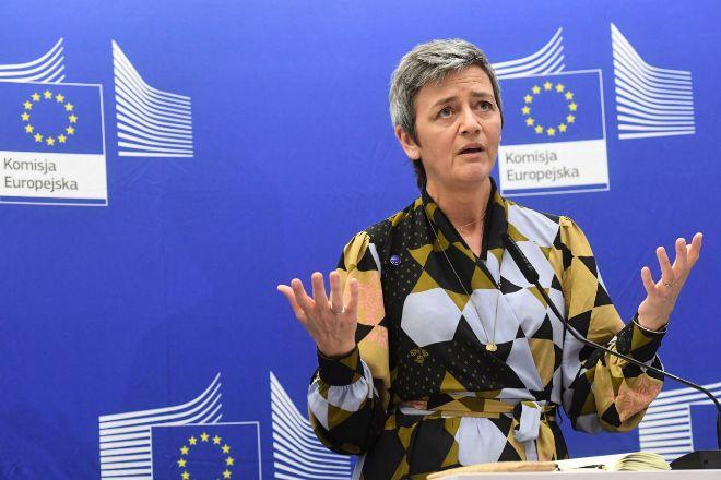 El Tribunal de la UE anula el veto a la compra de la filial británica de Telefónica por Hutchison