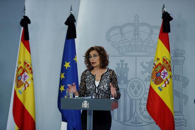 La ministra de Hacienda y portavoz del Gobierno, María Jesús lt;HIT gt;Montero lt;/HIT gt;, ofrece una rueda de prensa tras el Consejo de Ministros celebrado este viernes, que ha aprobado el Ingreso Mínimo Vital, en Madrid (España), a 29 de mayo de 2020. 29 MAYO 2020 INGRESO MÍNIMO VITAL;CONSEJO DE MINISTROS; Pool 29/05/2020