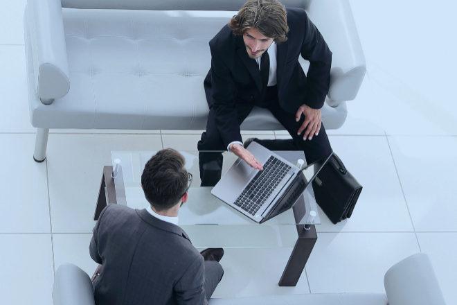 Facturación electrónica y transparente para 'supervisar' cada hora que un abogado cobra a su cliente