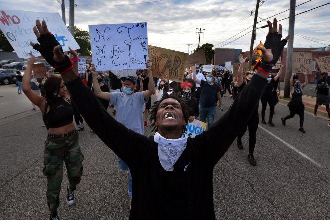 EEUU, en llamas por un nuevo caso de violencia policial