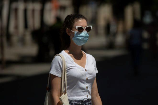España suma dos nuevos muertos y los contagios caen por debajo de los cien en las últimas 24 horas