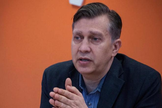 Gustavo García Brusilovsky deja la dirección general en España.