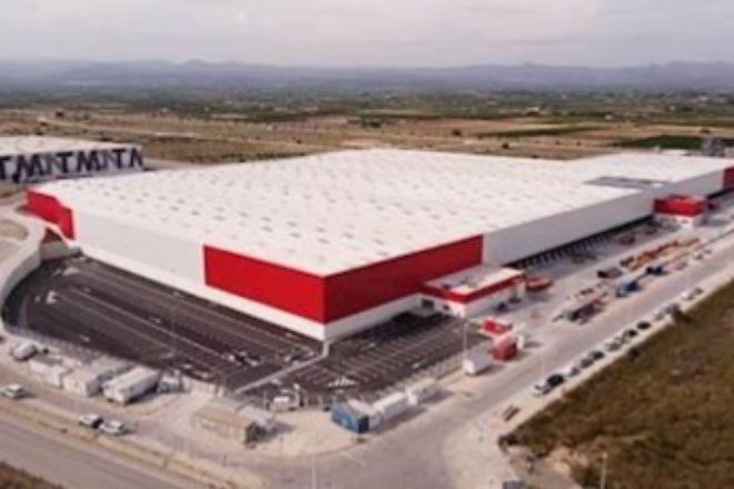 Conforama inaugura un centro logístico en Llíria