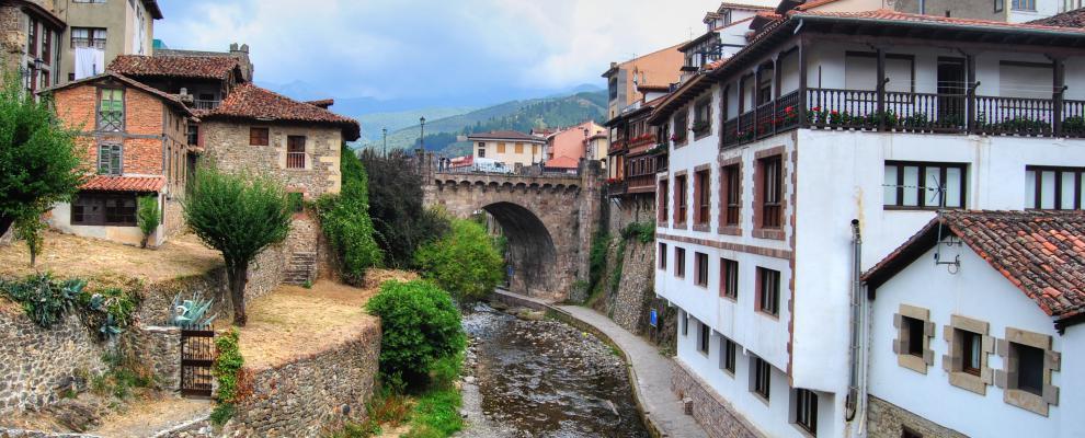 Es el  municipio más pequeño de la comarca de Liébana pero es la...