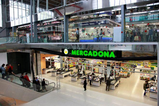 Instalaciones de Mercadona en el Mercado del Ninot, situado en el...