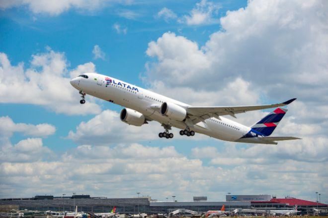Santander alerta de una exposición de 600 millones a la quiebra de la aerolínea chilena Latam