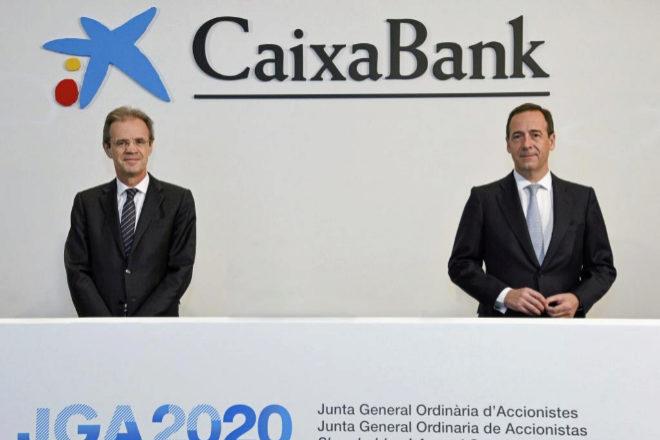 Jordi Gual, presidente de CaixaBank, y Gonzalo Gortázar, consejero delegado.