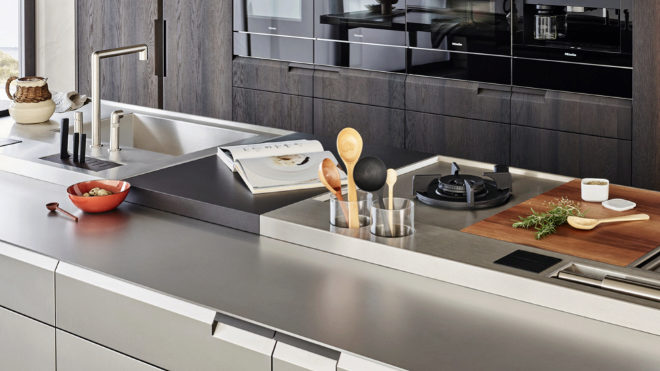 Detalle de la zona de trabajo de la cocina Shape, de Poliform.
