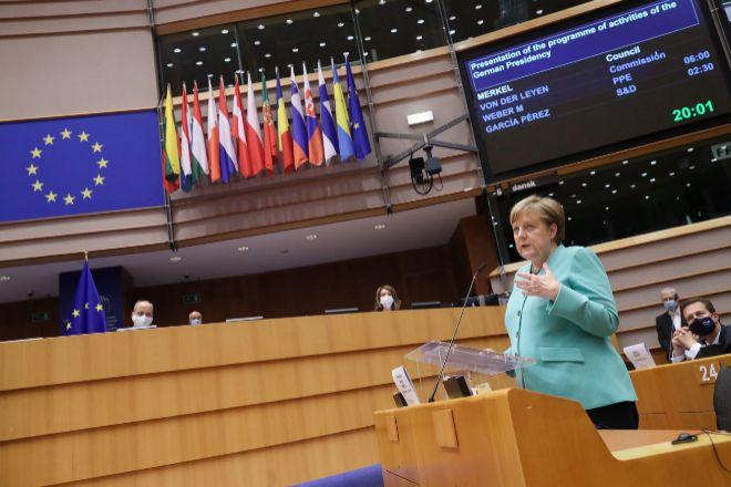 Merkel: La pandemia muestra los límites del populismo