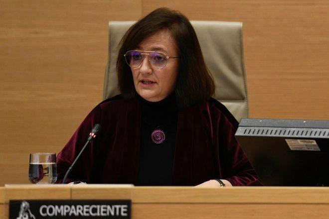 La presidenta de la Autoridad Independiente de Responsabilidad Fiscal (AIReF), Cristina Herrero, durante una comparecencia en la comisión de Hacienda del Congreso de los Diputados.