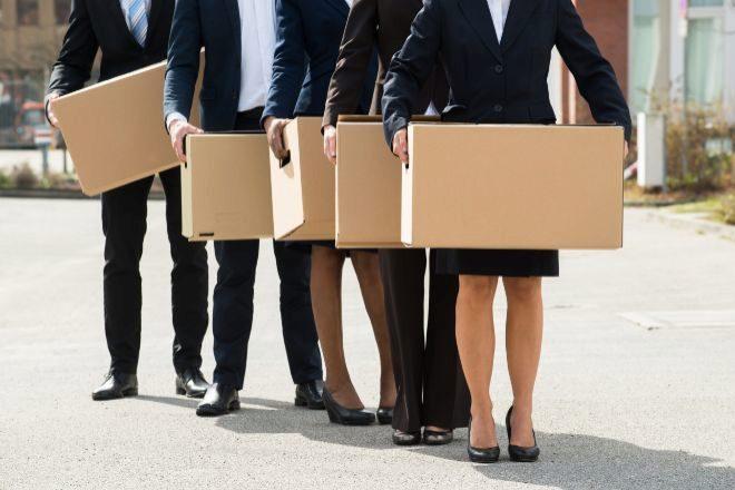 La Ley que deroga el artículo 52 d. del Estatuto de los Trabajadores,...