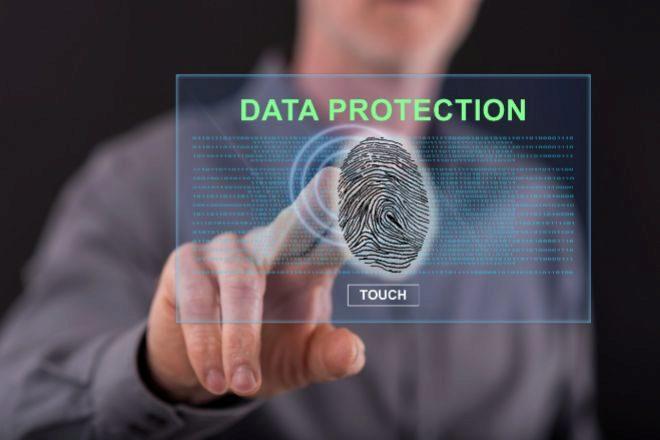 El TJUE obliga a revisar las transferencias internacionales de datos