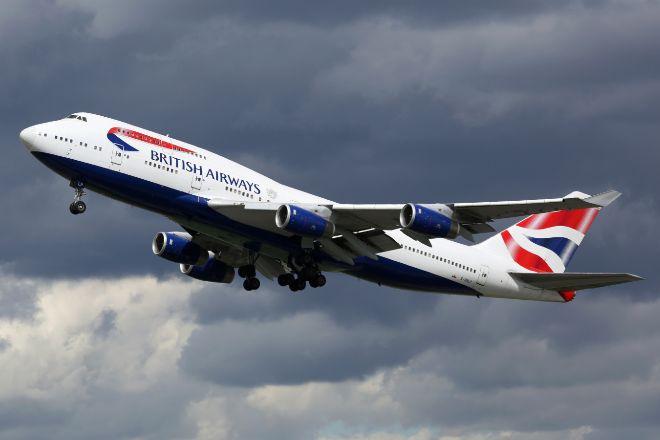 Avión de British Airways del modelo que va a desterrar, el Boeing...