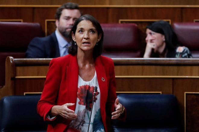 La ministra de Industria, Comercio y Turismo, Reyes Maroto, durante su...
