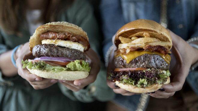 Al gusto: es la ventaja de hacer la hamburguesa en casa.