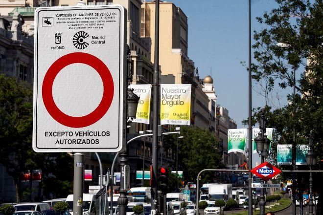 Señal de entrada a Madrid Central, la zona de bajas emisiones...