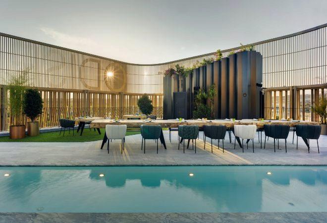 La terraza en la que se encuentra la piscina se reserva para eventos exclusivos con cocina en directo del chef Nazario Cano.
