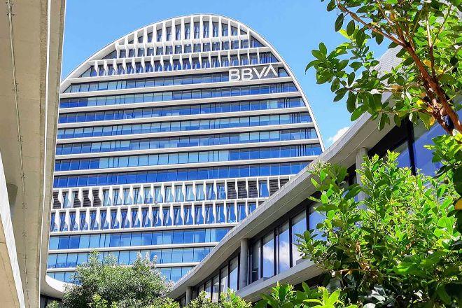 Edificio La Vela, sede de BBVA en Madrid.