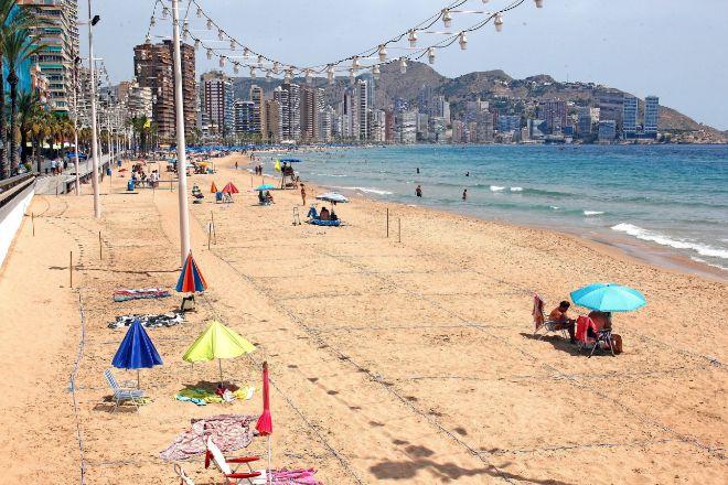 Playa de Poniente de Benidorm (Alicante).