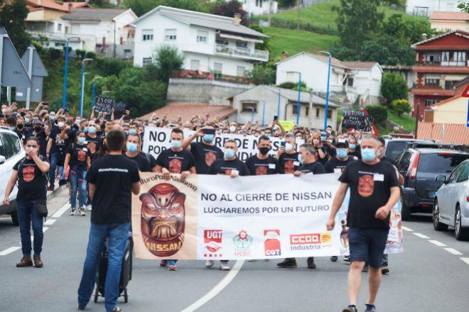 Concentración de los trabajadores de Nissan convocada por el cierre...
