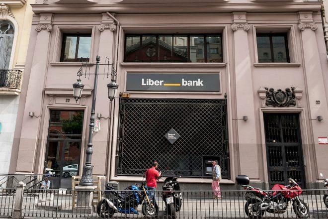 SUCURSAL OFICINA BANCARIA DE lt;HIT gt;LIBERBANK lt;/HIT gt; EN MADRID. FOTO JOSE LUIS PINDADO