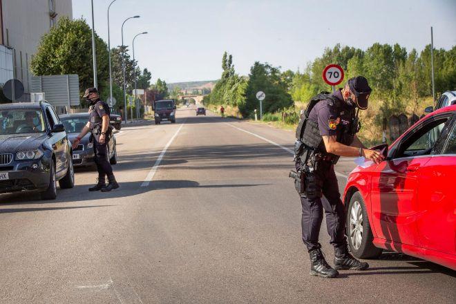Última hora: Cataluña registra 1.275 positivos y 3 muertos en las últimas 24...