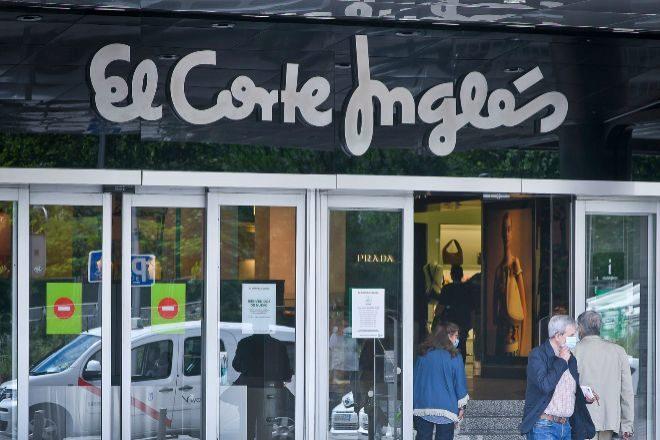 El Corte Inglés retira su campaña de la Vuelta al Cole tras las críticas en las redes sociales