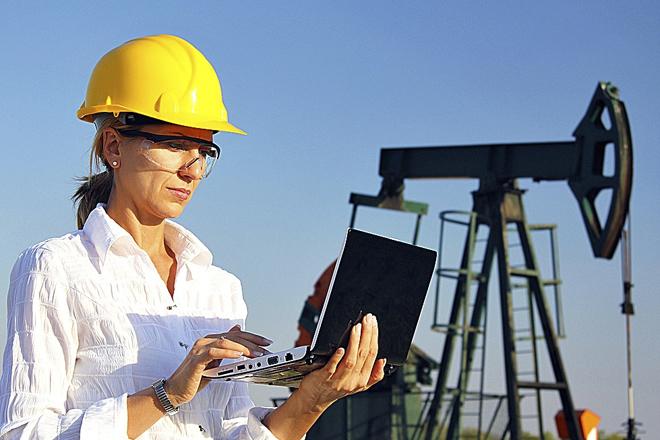 Petróleo de Texas baja 1% tras revisión de demanda mundial