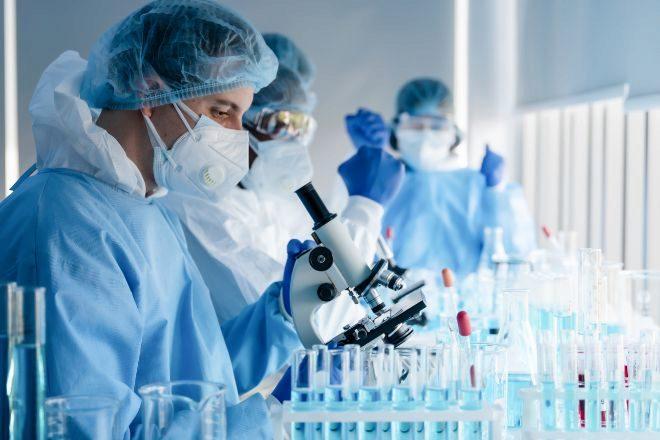 Bruselas acuerda con Moderna la adquisición de sus vacunas