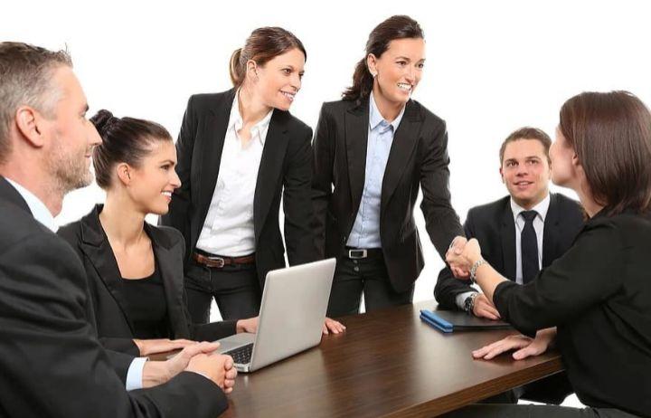 Guía útil para buscar trabajo en septiembre: libros, trucos y consejos para no rendirse hasta encontrar un nuevo empleo