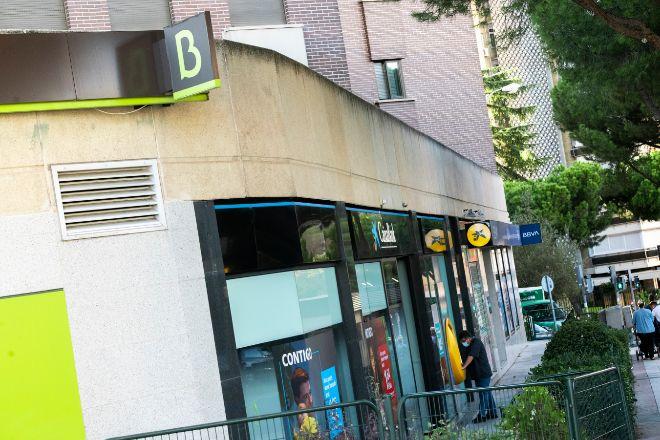 CaixaBank y Bankia suman juntos más sucursales en España que Santander y BBVA