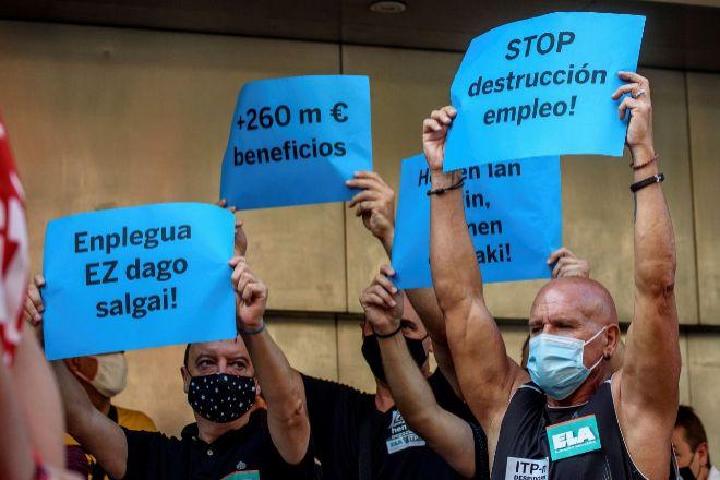Los trabajadores de ITP Aero se manifiestan en Bilbao para rechazar el ERE