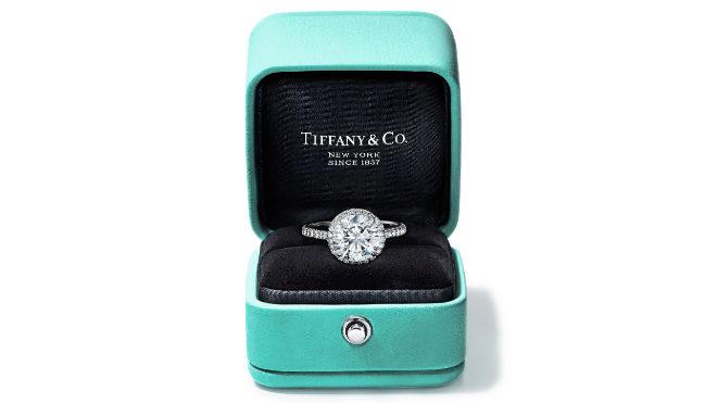 El anillo de compromiso es la joya más deseada del catálogo de Tiffany.