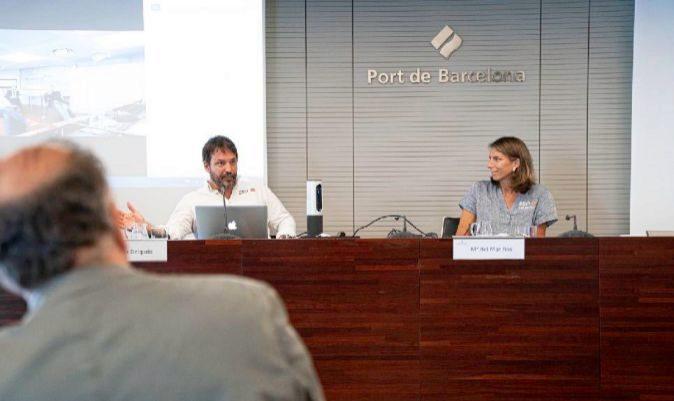 Ignacio Delgado y María del Mar de Ros, durante una reunión en Barcelona.