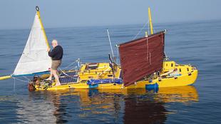 Sven Yrvind, a bordo del 'Exlex Minor', durante una prueba...