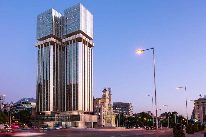 Imagen de las nuevas Torres de Colón tras la reforma.