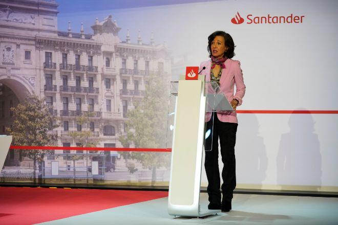 Santander propone pagar al accionista diez céntimos en efectivo en 2021