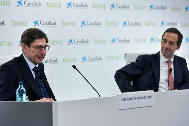 Los directivos de Bankia con bonus y los dueños de los CoCos cobrarán en acciones de CaixaBank