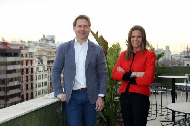 Los fundadores de Asabys Partners, Josep Lluís Sanfeliu y Clara Campàs.